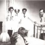 Luciano Capponi, Daniele Aldrovandi e Pino Ammendola durante le riprese di Passaparola, RaiTre 1982